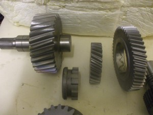 Gear's and Shafts manufactured 018